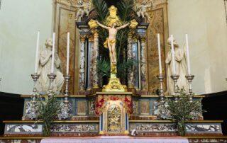 Altare Crocifisso