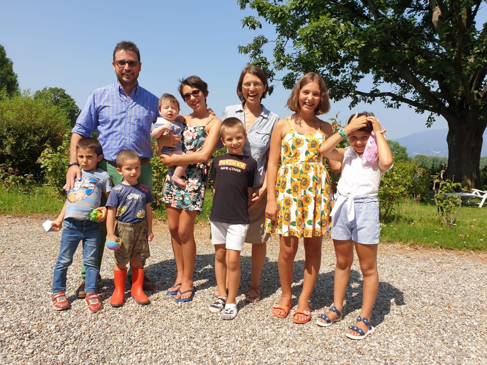 Famiglia con 7 figli
